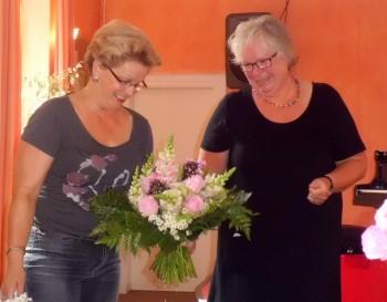 Bezirksstellenleiterin Almut Höncher verabschiedet Verena Philipp