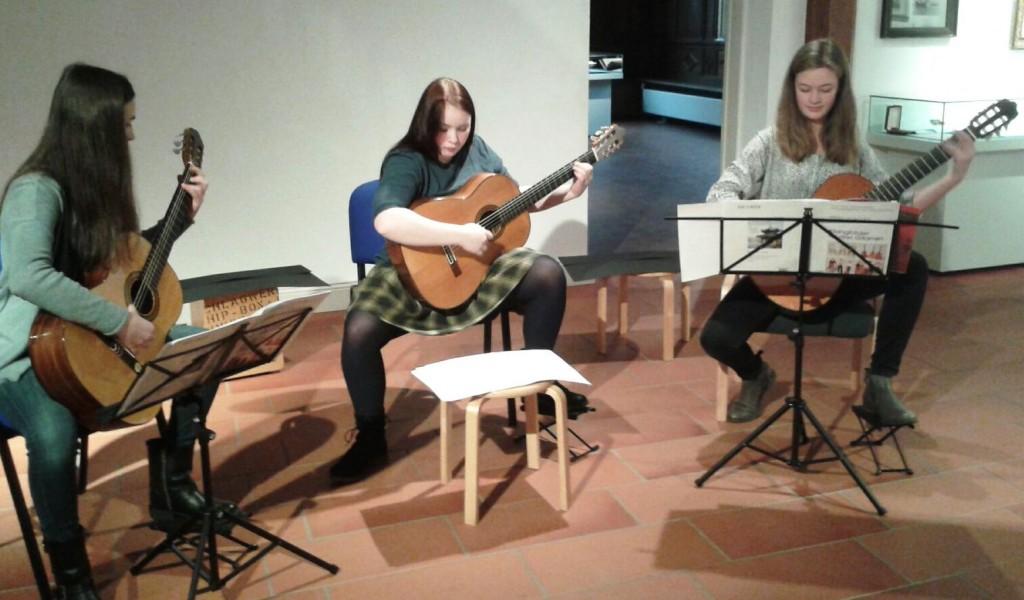 Chiara Lovizio, Ann Kathrin Reincke und Lilli Wind